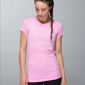Ombré pink size ten lululemon swiftly tech shirt.